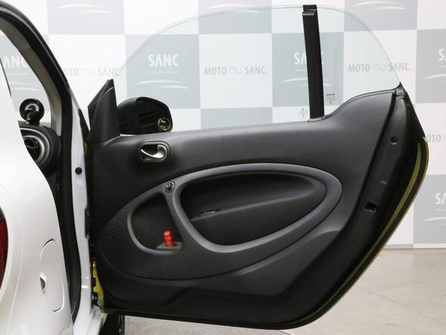 ターボ 禁煙車 ケンウッド製ドラレコ ETC リアコーナーセンサー クルコン 15AW スペアキー 取説 新車時保証書 フロアマット(67枚目)