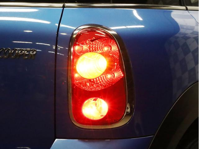 クーパー クロスオーバー オール4 禁煙 ディーラー整備記録簿 フルタイム4WD バイキセノンライト・16インチアルミ・ETC・ドライブレコーダー(76枚目)