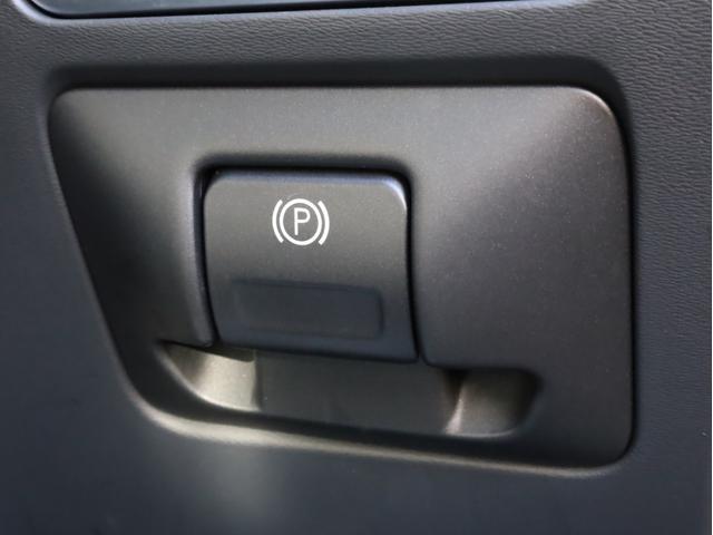 D4 クラシック 禁煙 シートヒーター 黒革 ナビゲーション・パッケージ(TV、DVD、Bluetooth、USB、ミュージックサーバー) バックカメラ サンルーフ スマートキー セーフティPkg D記録簿 スペアキー(32枚目)