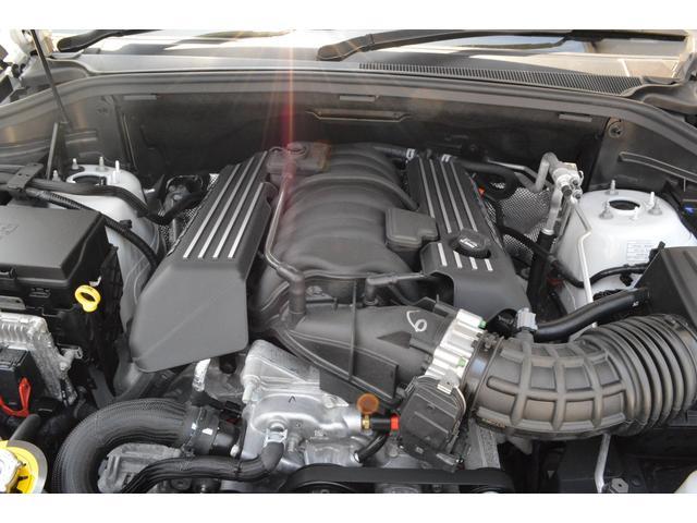 SRT8 W保証付 ワンオーナー 弊社デモカー(18枚目)
