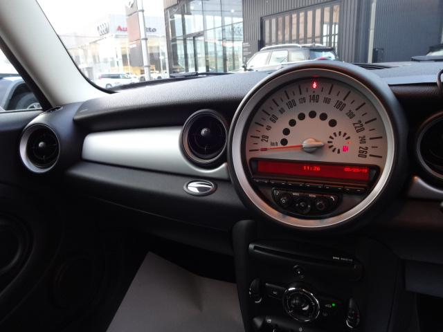 ワン レッドルーフ社外ポータブルナビETC禁煙車1600CC(17枚目)