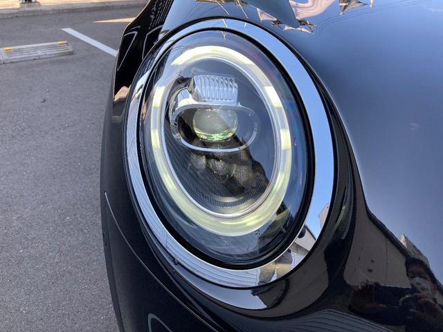 クーパーD 5ドア 弊社デモカー ペッパーPKG カメラ&パーキングアシスト LEDヘッドライト フロントリアPDC ホワイトルーフ&ミラーキャップ ETC(20枚目)