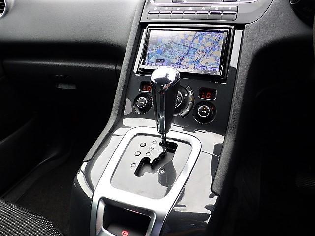 プジョー プジョー 5008 シエロ 正規D車 ナビ地デジTV ETC キセノン Gルーフ