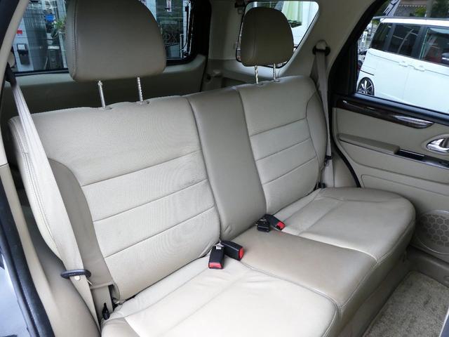 フォード フォード エスケープ リミテッド 正規D車 本革 ナビ地デジ ETC サンルーフ