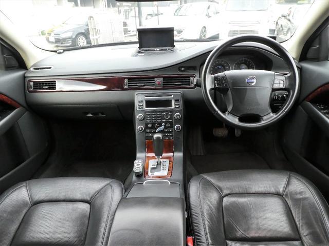 3.2SE AWD 正規D車 黒革 ナビ地デジBカメ RPT(10枚目)
