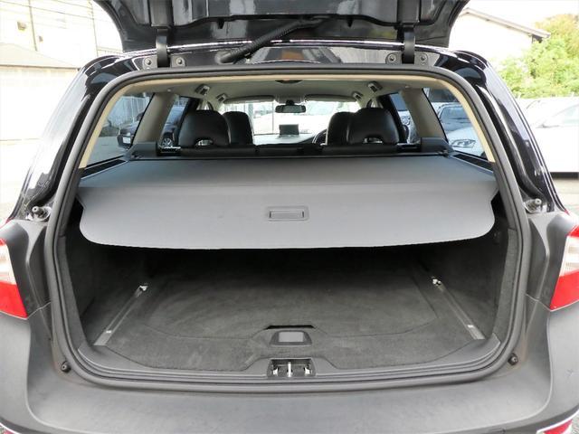 3.2SE AWD 正規D車 黒革 ナビ地デジBカメ RPT(16枚目)