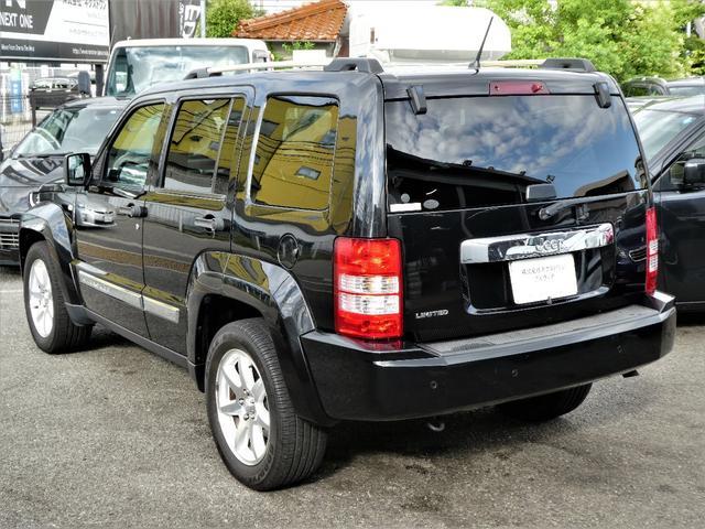 当社展示場には総在庫台数100台展示!JAAI日本自動車査定協会認定査定士も常駐していますので、お客様の下取り車両査定も安心です。
