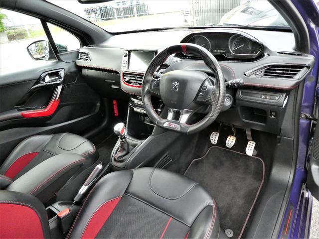 GTi 正規D車 6MT ハーフレザー(11枚目)