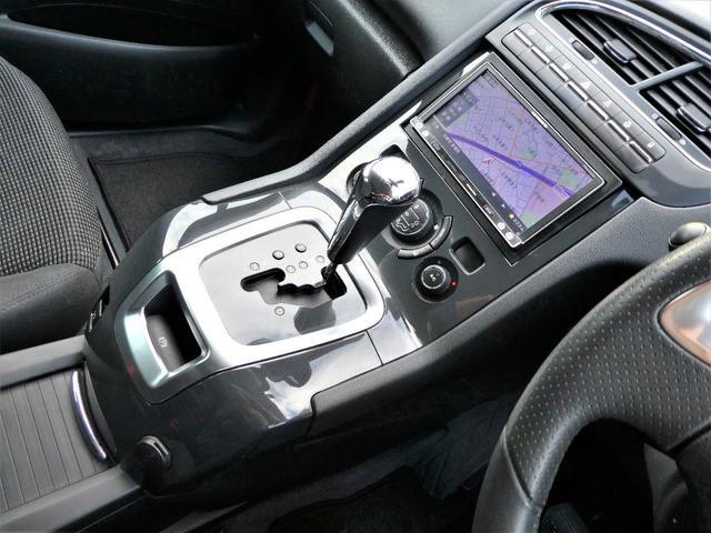 シエロ 正規D車 後期型 ナビ地デジBカメラ ETC キセノン ガラスルーフ 7人乗り(22枚目)