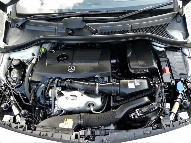 B180 ブルーエフィシェンシースポーツナイトPKG 1年保証付/170項目 正規D車 純正ナビ地デジBカメラETC キセノン ハーフレザー ディストロニックプラス(24枚目)