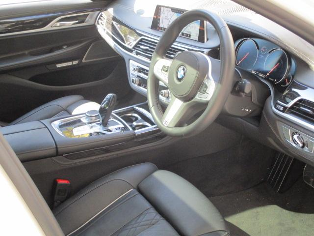 740d xDrive Mスポーツ デモカー 純正20AW(11枚目)