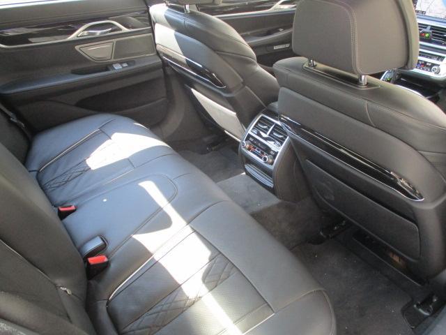 740d xDrive Mスポーツ デモカー 純正20AW(13枚目)