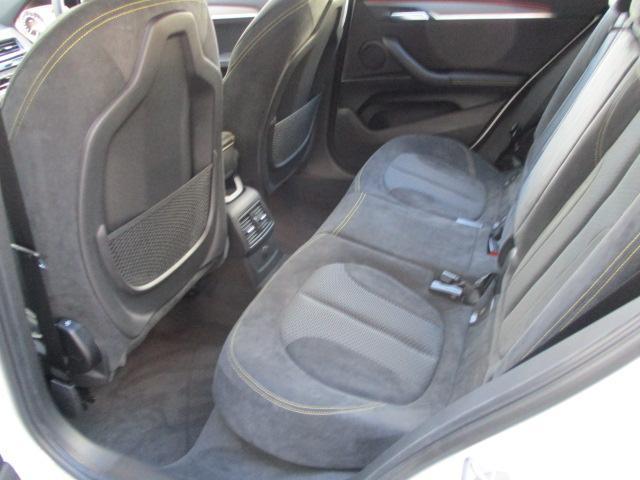 xDrive 20i MスポーツX 弊社デモカー 19アルミ(16枚目)