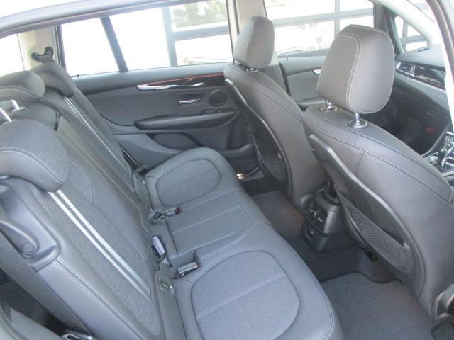 「BMW」「BMW」「ミニバン・ワンボックス」「大阪府」の中古車12