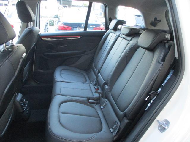 「BMW」「BMW」「ミニバン・ワンボックス」「大阪府」の中古車52