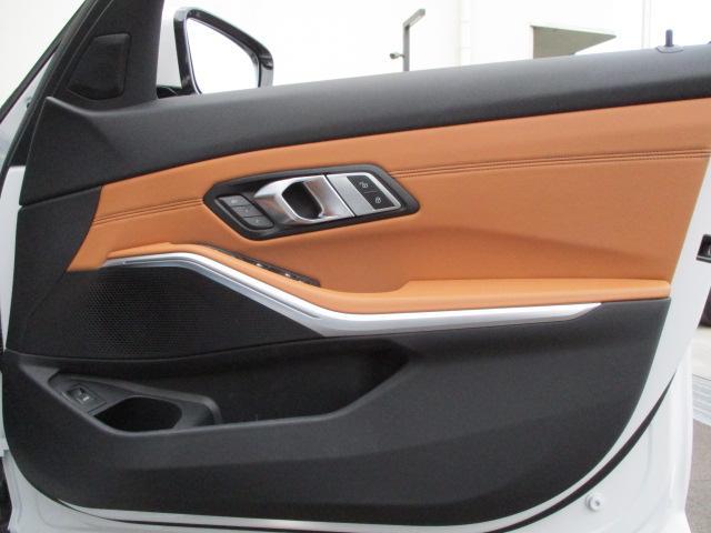 「BMW」「BMW」「セダン」「大阪府」の中古車55