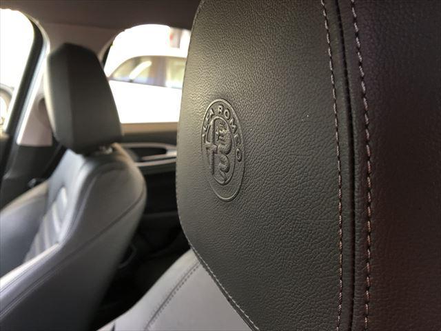弊社では、内外装のクオリティはもちろんのことメンテナンス履歴の見える上質な中古車を数多く取り揃えております。