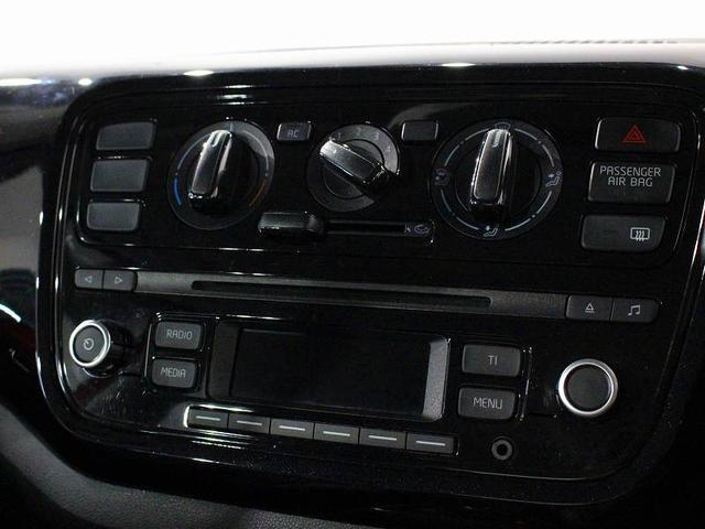 「フォルクスワーゲン」「VW アップ!」「コンパクトカー」「京都府」の中古車14