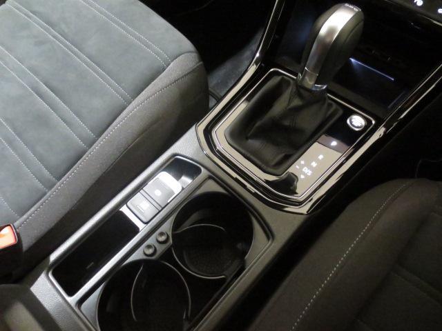 「フォルクスワーゲン」「VW ゴルフトゥーラン」「ミニバン・ワンボックス」「京都府」の中古車11