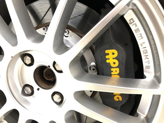 フロントAPレーシング4POTキャリパー☆フローティングスリットディスクローター☆ブレーキ周りのカスタムは効果大です♪