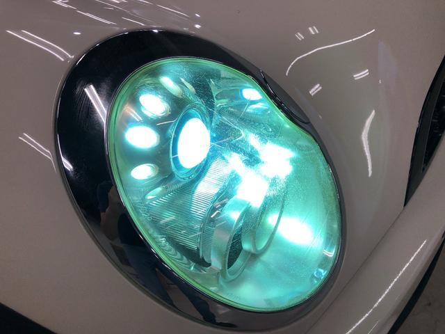 プロジェクターHIDヘッドライトです☆見た目もカッコ良く、夜間の視界も良好☆