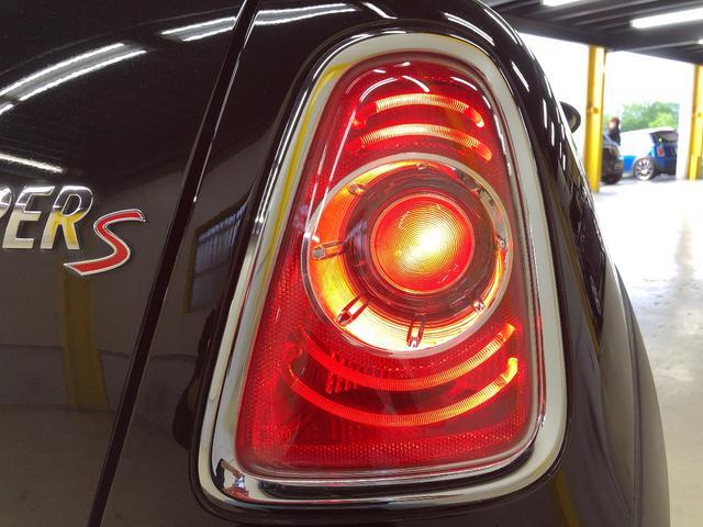 クーパーS R56後期モデル ターボ サンルーフ カロッツェリアサイバーナビHDDフルセグブルートゥース バックカメラ 禁煙車 Goo鑑定付き(41枚目)