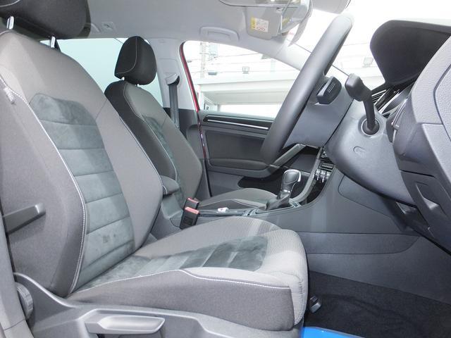 フォルクスワーゲン VW ゴルフヴァリアント TSIハイラインブルーモーションテクノロジー SDナビ