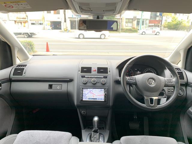「フォルクスワーゲン」「VW ゴルフトゥーラン」「ミニバン・ワンボックス」「大阪府」の中古車13