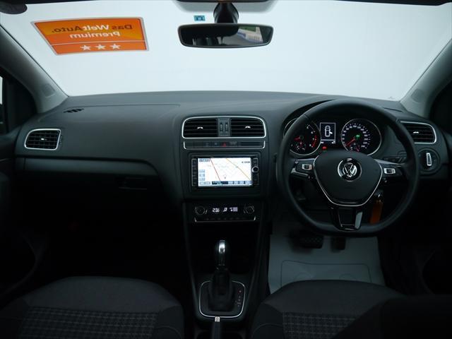 フォルクスワーゲン VW ポロ TSI Comfortline NAVI ETC