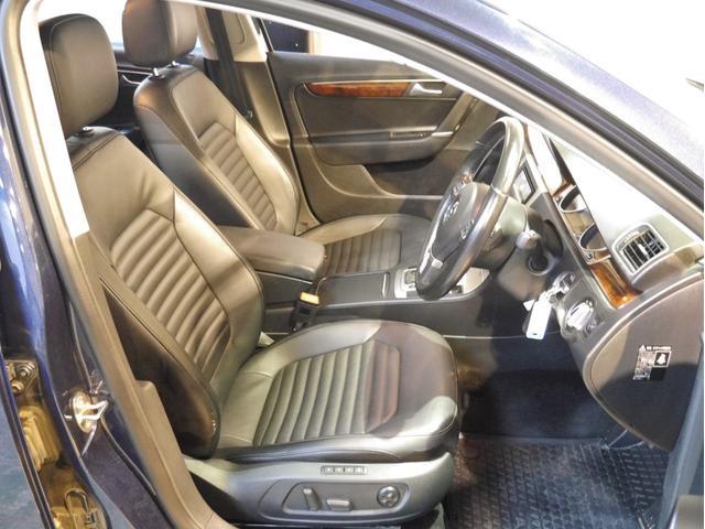 「フォルクスワーゲン」「VW パサートヴァリアント」「ステーションワゴン」「兵庫県」の中古車2