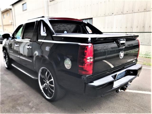 「キャデラック」「キャデラックエスカレードEXT」「SUV・クロカン」「京都府」の中古車8