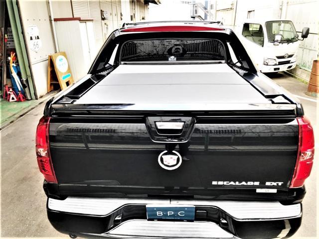 「キャデラック」「キャデラックエスカレードEXT」「SUV・クロカン」「京都府」の中古車32