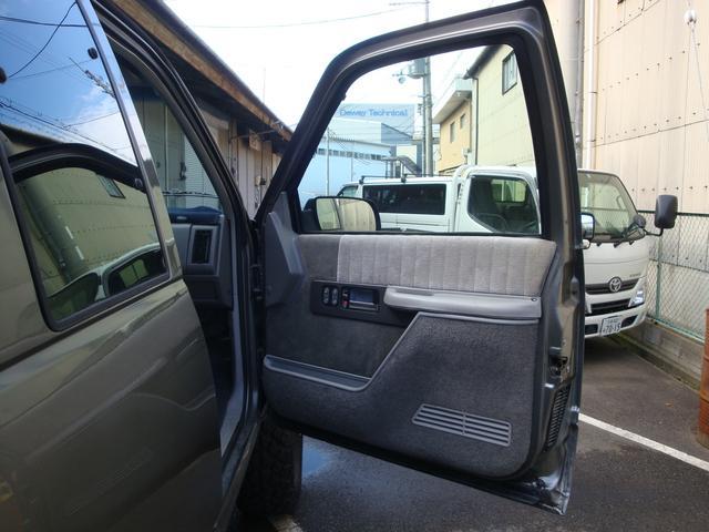 「シボレー」「シボレー C-1500」「SUV・クロカン」「京都府」の中古車18