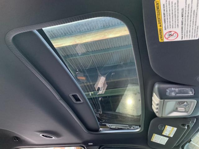 「リンカーン」「リンカーン ナビゲーター」「SUV・クロカン」「京都府」の中古車37