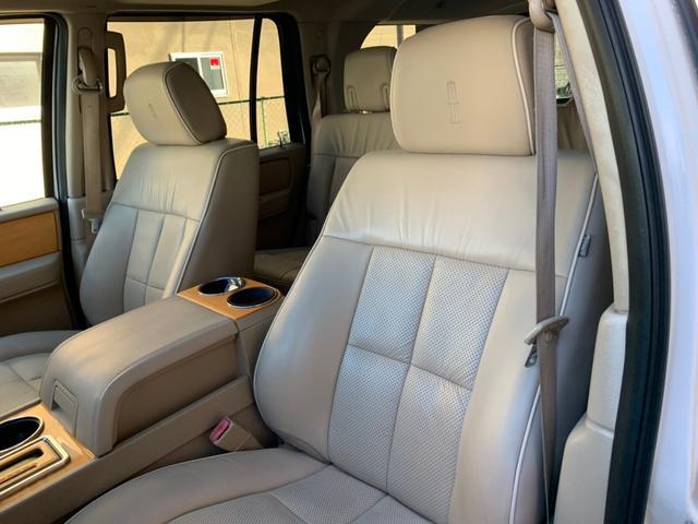 「リンカーン」「リンカーン ナビゲーター」「SUV・クロカン」「京都府」の中古車18