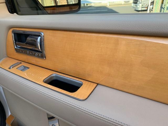 「リンカーン」「リンカーン ナビゲーター」「SUV・クロカン」「京都府」の中古車43