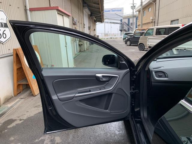 「ボルボ」「S60」「セダン」「京都府」の中古車31