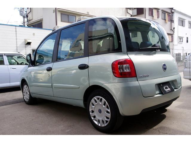 イタリア車ならではのキュートなデザインにセンスの良さを感じさせるボディカラー!男性女性を問わずオシャレに乗りこなして下さい!!