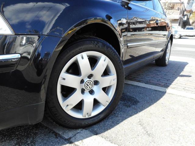 フォルクスワーゲン VW パサート V6 4モーション 保証付 黒革シート