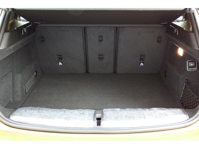 sDrive 18i MスポーツX試乗車コンフォートPKG(18枚目)