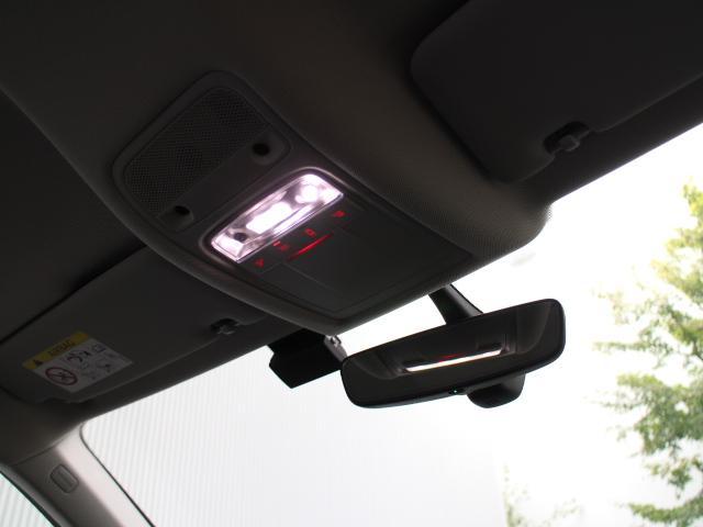 アウディ アウディ Q3 1.4TFSIスポーツ LED 前後センサー リアカメラ