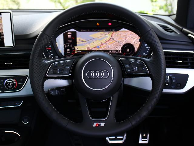 ●100項目にも及ぶ点検と整備を行い、Audi認定中古車に相応しいコンディションでご納車致します。全国のAudi正規ディーラーにてアフターケアもご対応致しますのでご安心くださいませ。