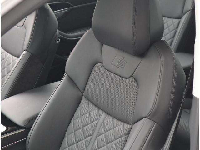 ●ベンチレーション機能が付いており、冬場は暖かく、夏場は涼しく蒸れにくく快適な車内空間をお楽しみ頂けます。