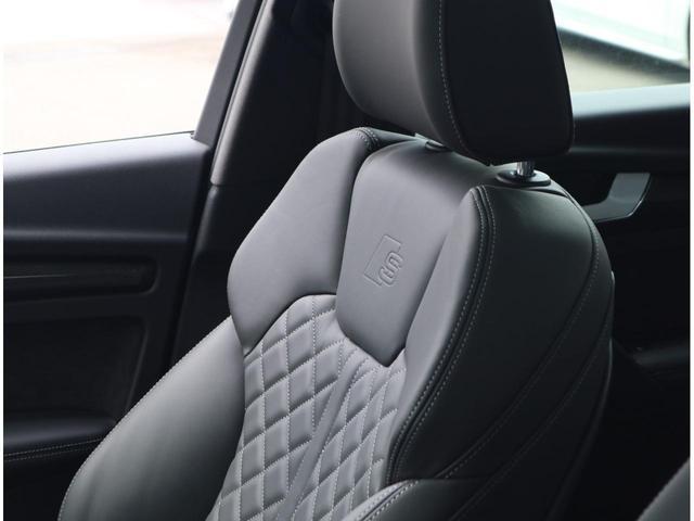 クオリティの高いシートを採用するのは、Audiのクルマづくりの哲学のひとつです。専用設計デザイン・耐久性の高いレザーを使用しています。スポーティと高級を両立したシートです。