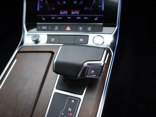 55TFSIクワトロ デビューパッケージ ドライビングPKG HDマトリクスLED アシスタンスPKG パワークローズドア Sラインエクステリア サンブラインド OP20AW ダンピングコントロールサス リヤシートヒーター(16枚目)