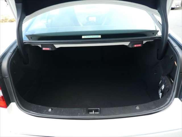 メルセデス・ベンツ M・ベンツ E250 CGIブルーエフィシェンシー ワンオーナー 禁煙車