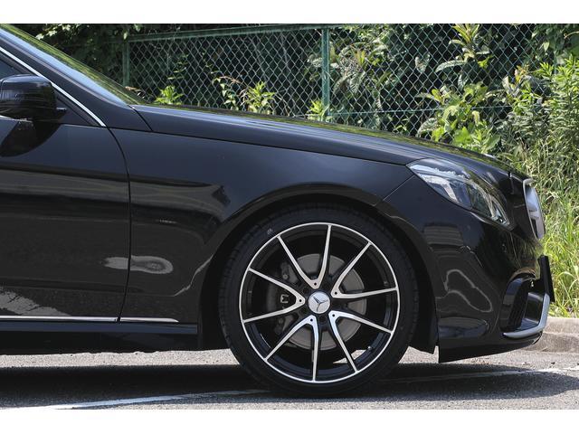 ■足回りには、新品19インチアルミホイール&新品タイヤを装着しております!■キャリパーをお好きなカラーへ塗装して頂く事で、さらにカッコよく決まった足回りになります!!是非お気軽にお申し付けください!■