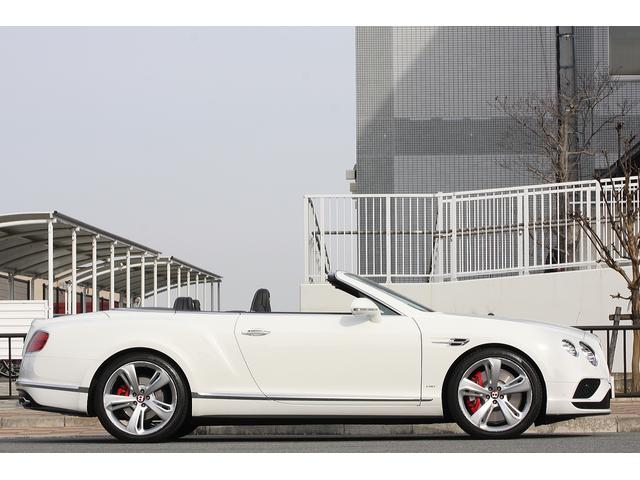 ベントレー ベントレー コンチネンタル GT V8 Sコンバーチブル マリナーパッケージ 黒本革