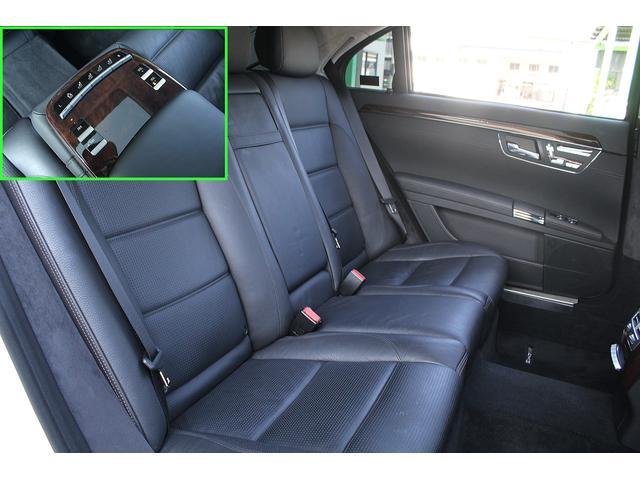 ■後席にはマッサージ機能付き!■後席も綺麗に保たれております!■