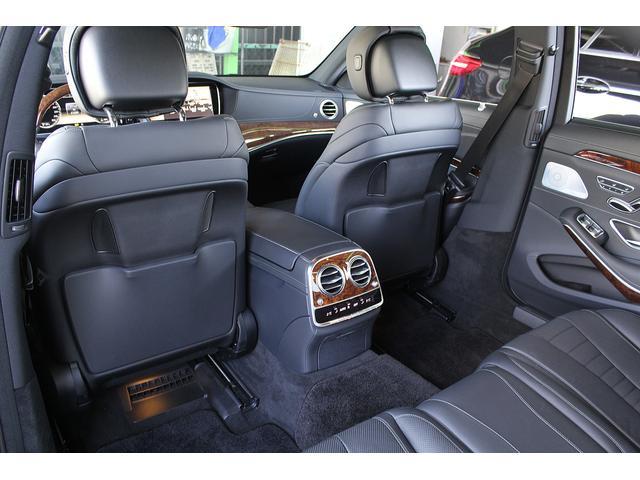 S550ロング 後期WALDカスタム Black Bison ジャレット22インチホイール 新品パーツ オレンジゴールドキャリパー パノラミックスライディングルーフ 黒本革シート レーダーセーフティ ブルメスター(37枚目)